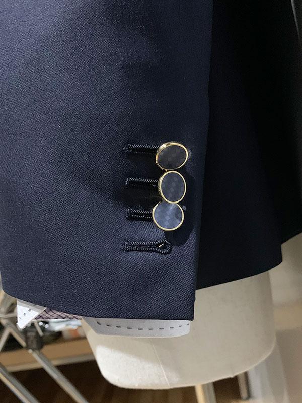 ブルーメタルボタン